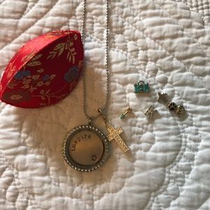 Origami owl necklace and charms